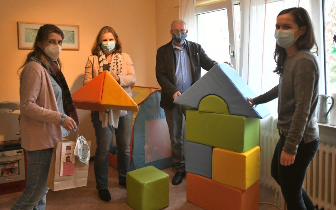 Leberecht unterstützt Familienoffensive Hattersheim